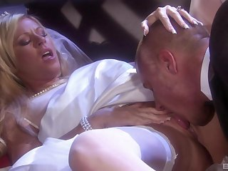Busty blonde MILF in stockings Ahryan Ashtyn fucked hard missionary