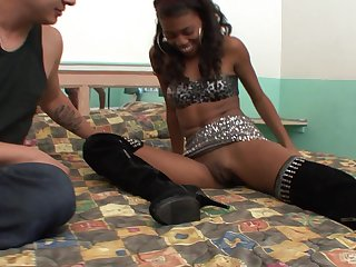 Flexible ebony whore Essence pounded on be transferred to bed with her legs round