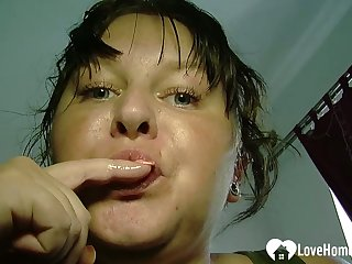 Chubby tot plays nearby her wet cunt
