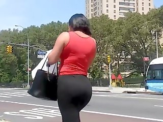 Spandex Bubble Ass Latina Milf